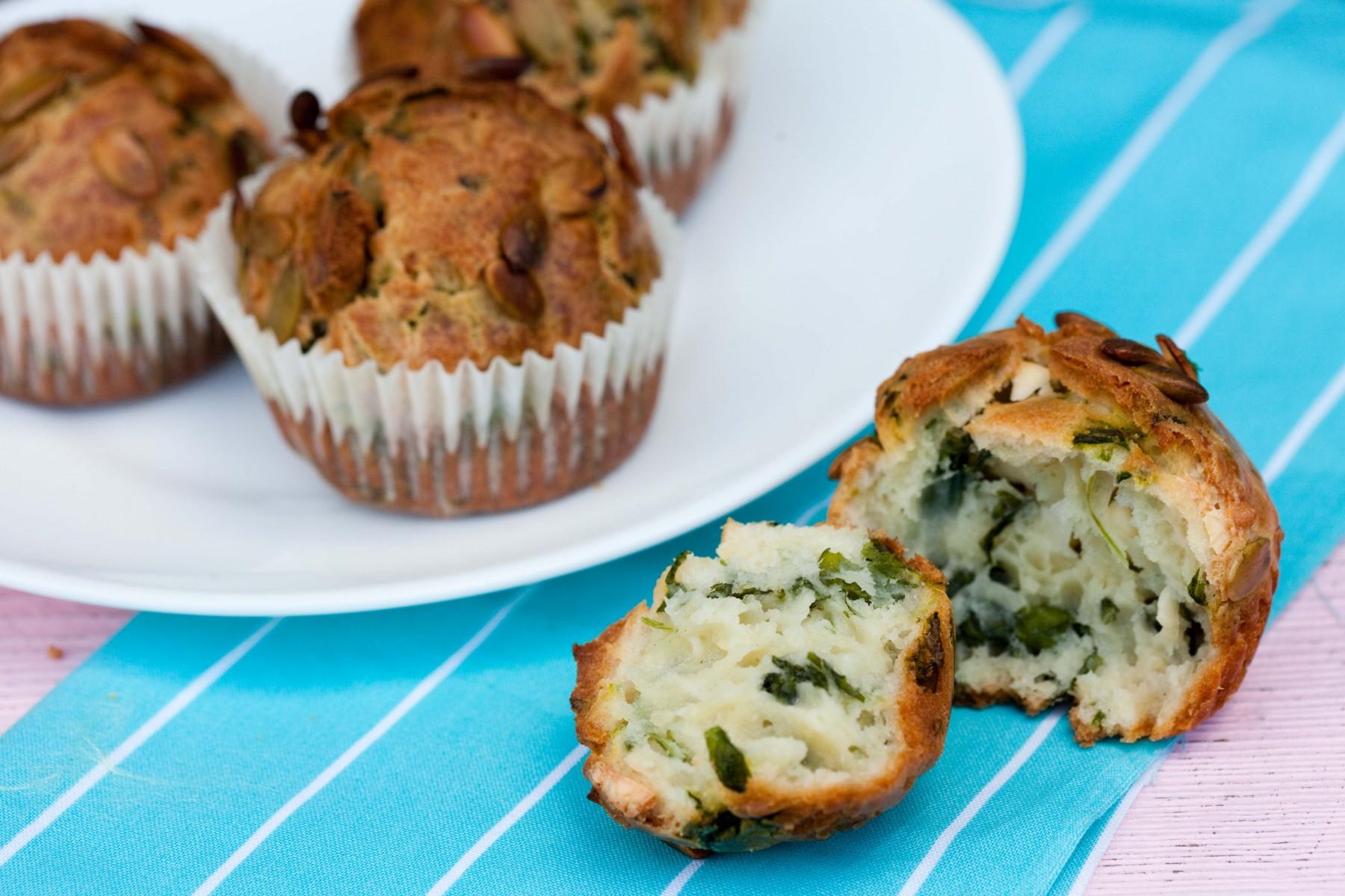 wytrawne-muffinki-ze-szpinakiem-feta-i-serekiem