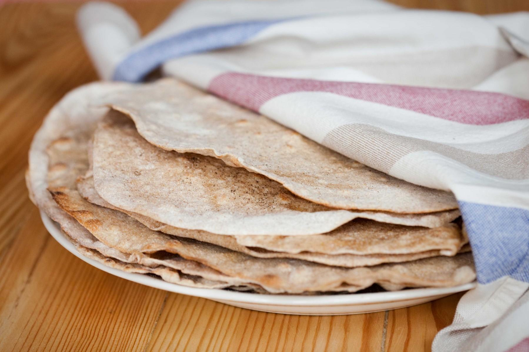 pełnoziarnista-tortilla