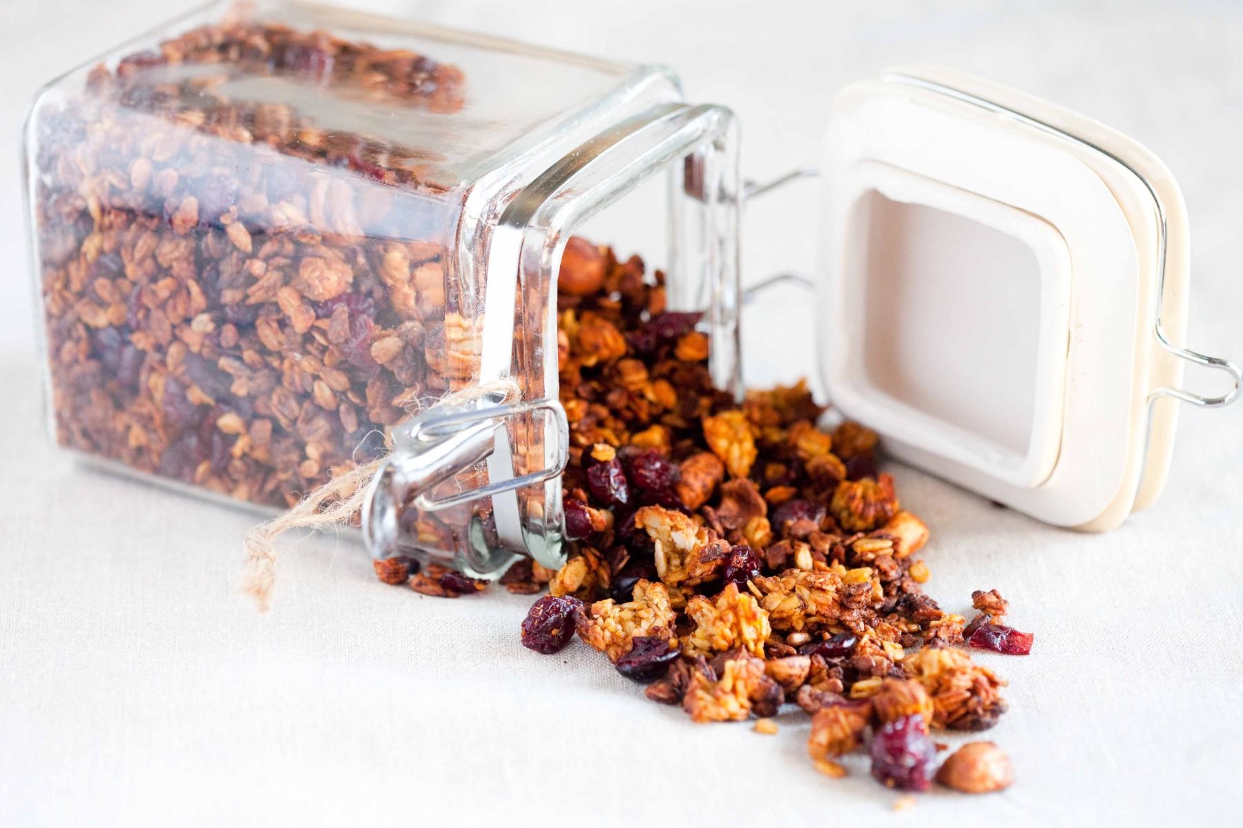 granola-z-dynia-orzechami-zurawina