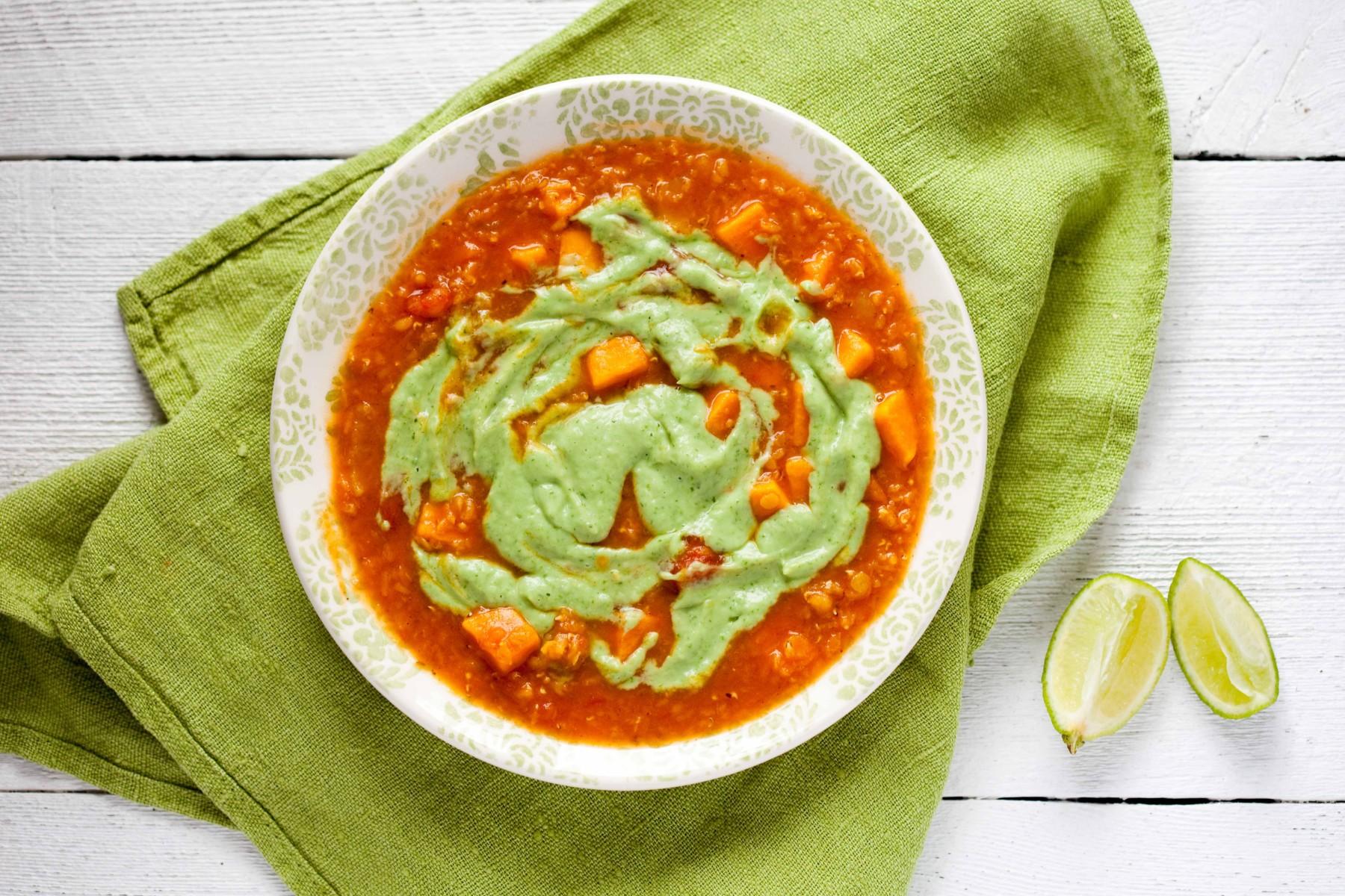 zupa-ze-slodkich-ziemniakow-i-soczewicy