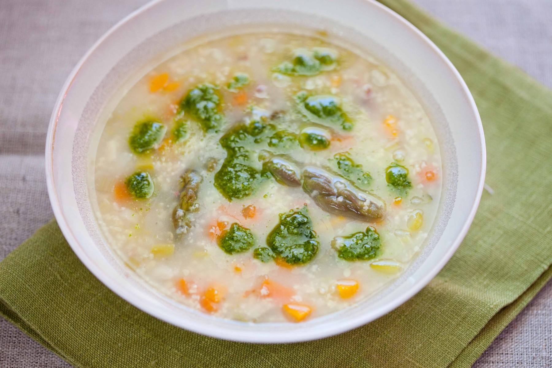szparagowa-zupa-z-kasza-jaglana