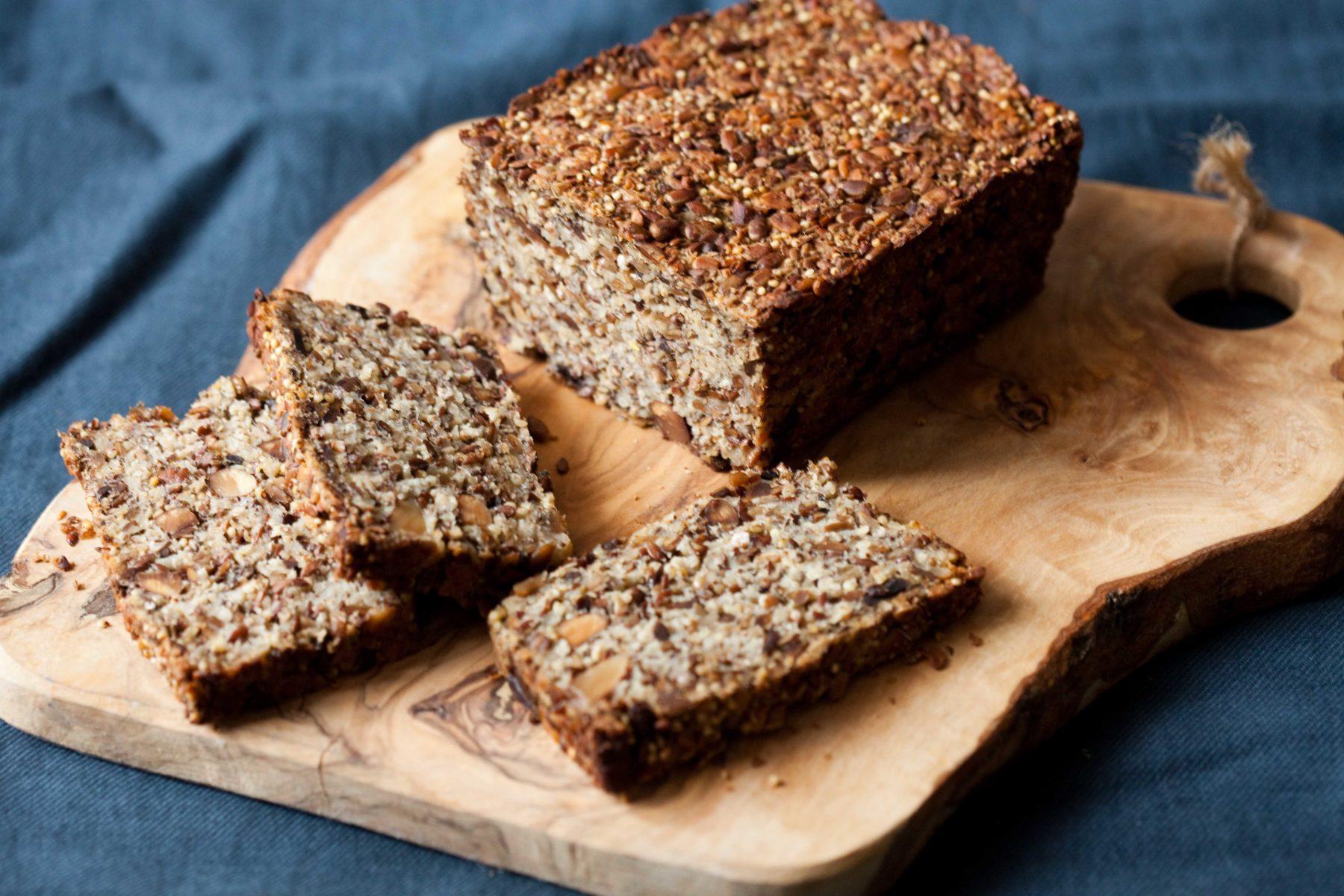 chleb-z-nasion-orzechow-kaszy