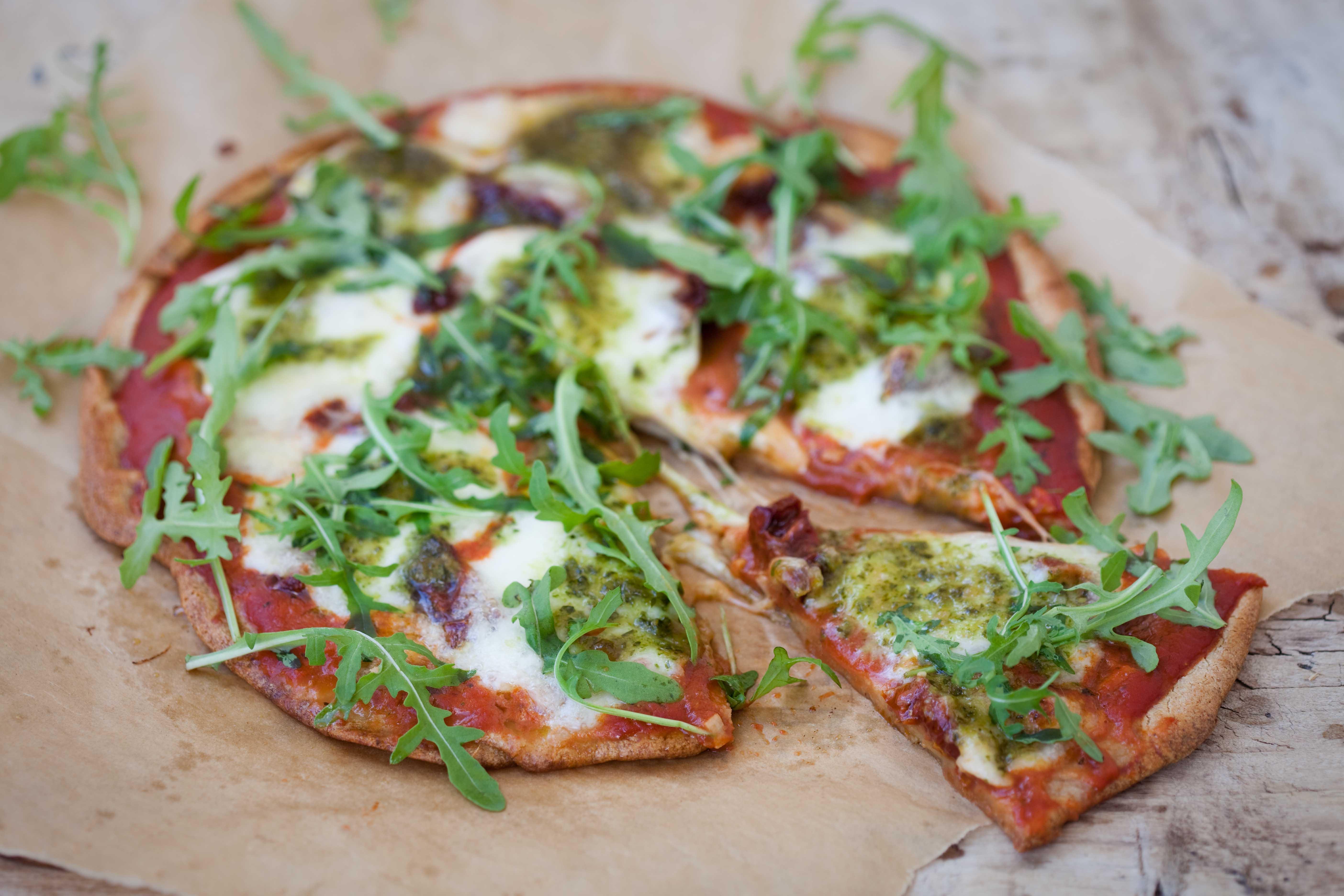 pizza-bezglutenowa-kasza-quinoa