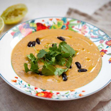 zupa-krem-z-batatow-czarnej-fasoli