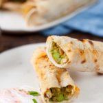 zapiekane tortille z warzywami w curry