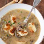 zupa-pieczarkowa-z-kluseczkami
