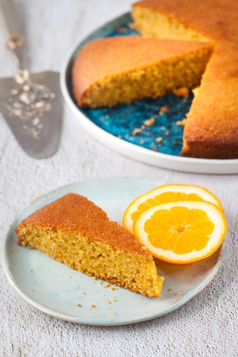 ciasto-pomarańczoew-z-kaszy-kukurydzianej