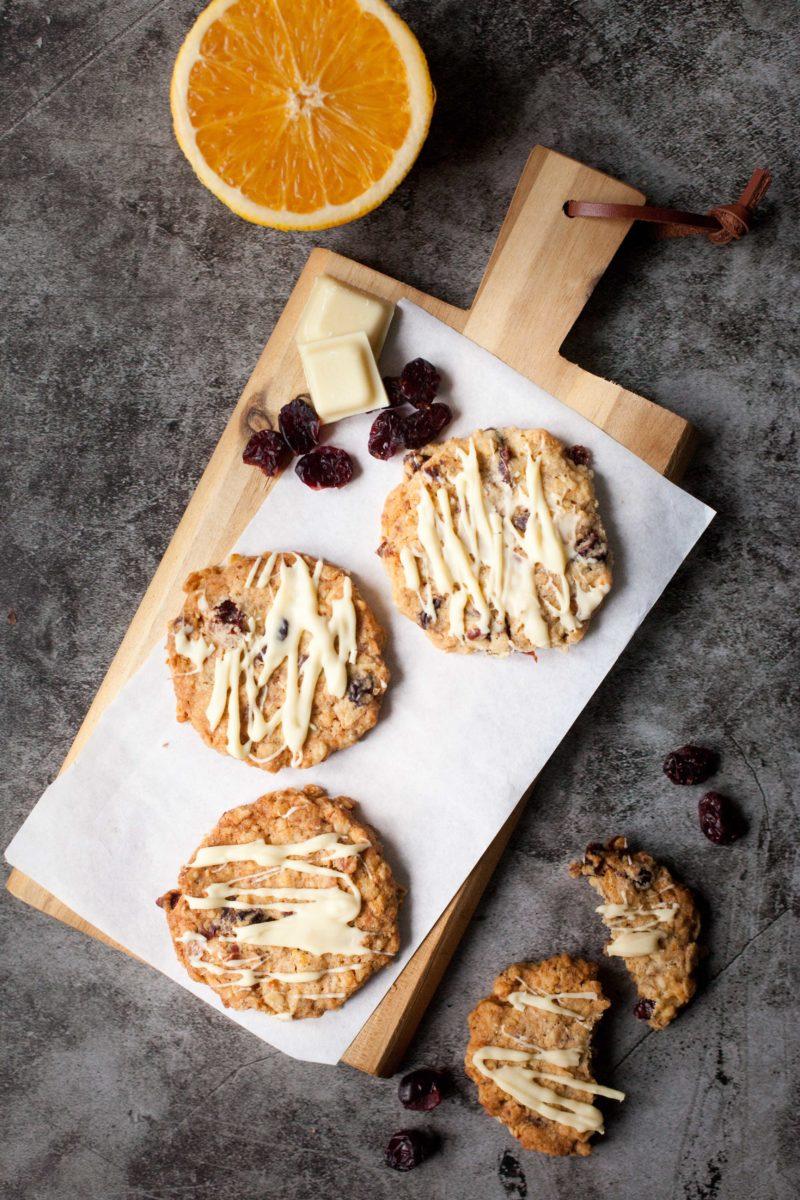 owsiane-ciastka-z-żurawina-biała-czekolada